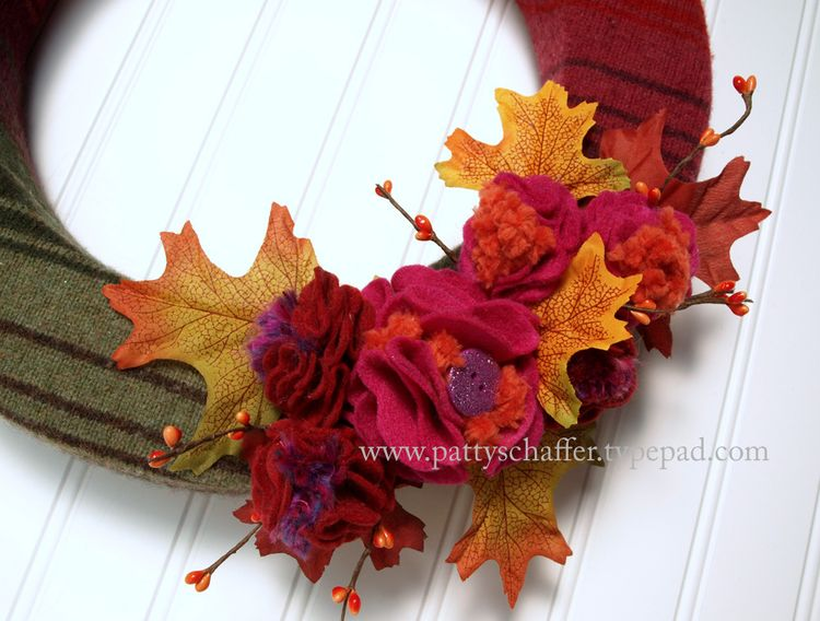 Fall striped sweater wreath detail 1