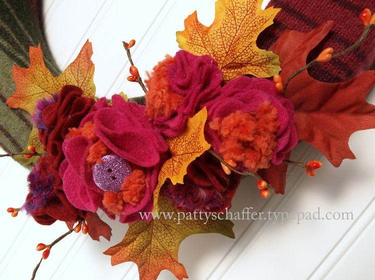 Fall striped sweater wreath detail 2