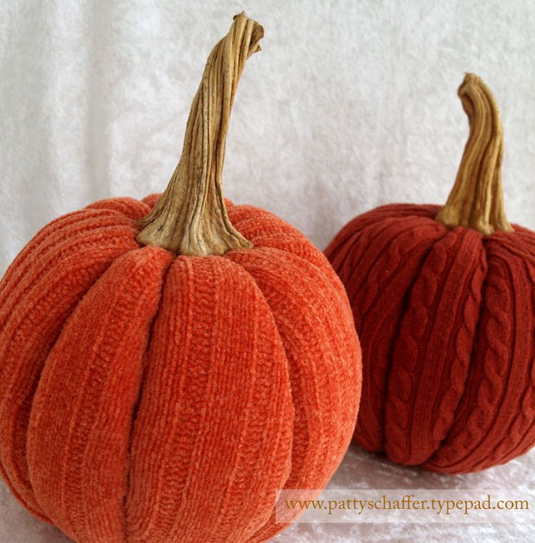 Sweater pumpkins 3