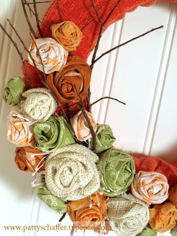 Sweater wreath detail 2