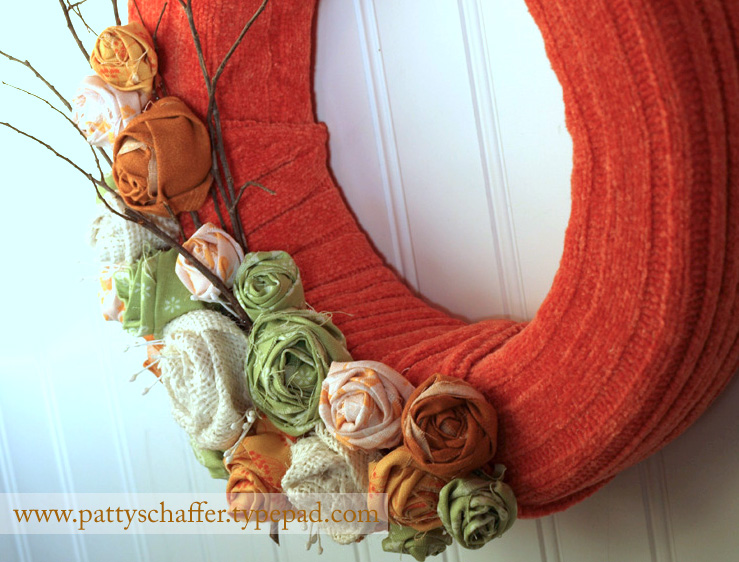 Sweater wreath detail 4