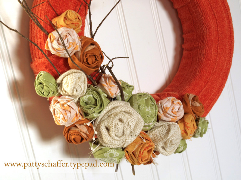 Sweater wreath detail 3