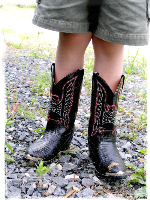 Boots_and_shorts