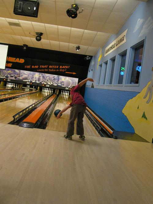 Bowling_pose