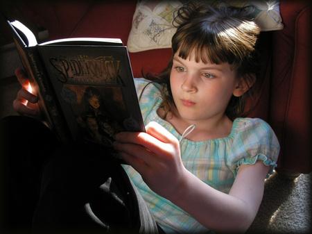 Sarah_reading